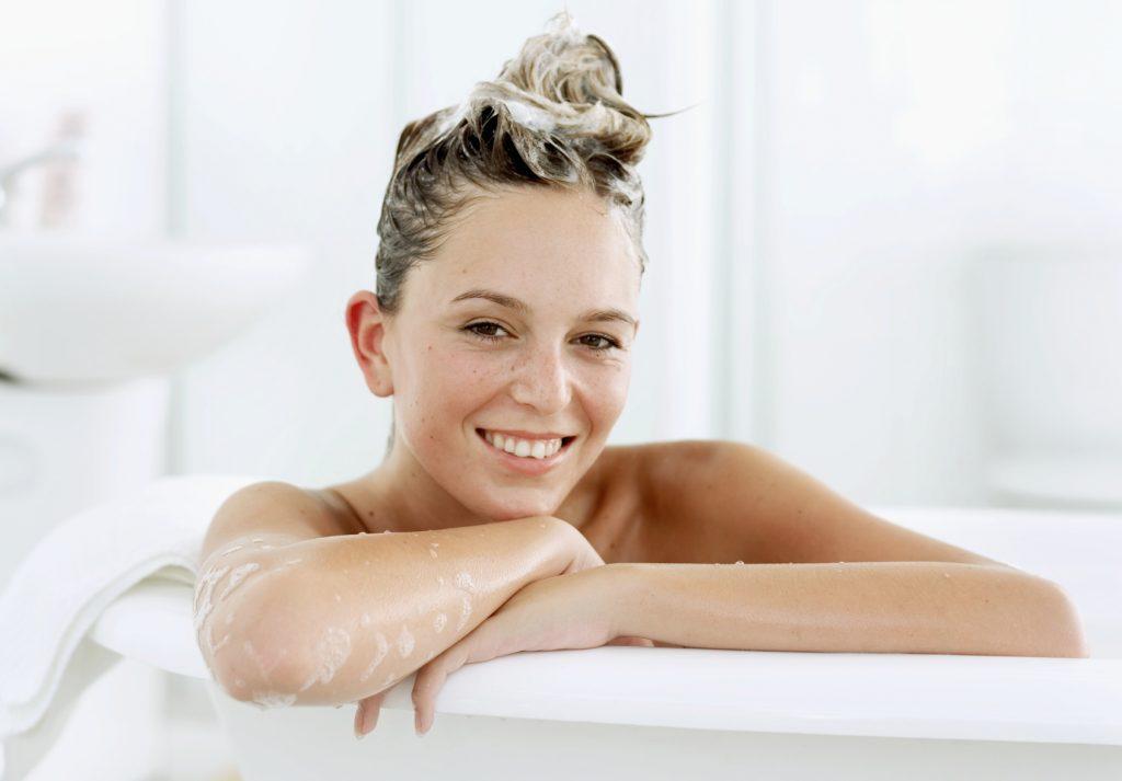 Cómo cuidar el pelo en la tranquilidad del hogar